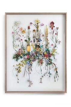 Anne Ten Donkelaar, studied 3D product design, paper artist, Netherlands