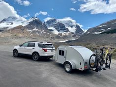 High Camp Trailers™ is an award-winning teardrop trailer manufacturer in Portland, Oregon in the Pacific Northwest. Small Camping Trailer, Small Campers, Motorcycle Camper Trailer, Teardrop Camping, Trailer Manufacturers, Camp Trailers, Teardrop Trailer, Recreational Vehicles, Tiny House