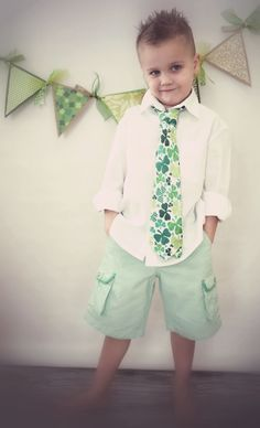 St. Patrick's Day kid photo idea!