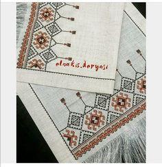 Cross Stitch Geometric, Palestinian Embroidery, Bargello, Cross Stitch Embroidery, Diy And Crafts, Table Decorations, Fabric, Instagram, Teeth