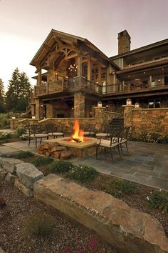Rustic mountain house plans with walkout basement awesome locatiarchitects portfolio coeur dalene lake residence remodel Haus Am See, Rustic Home Design, Wooden House Design, Log Cabin Homes, Log Cabins, Simple House, My Dream Home, Dream Homes, Luxury Homes Dream Houses
