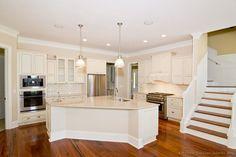 Traditional Antique White Kitchen Cabinets #19 (Kitchen-Design-Ideas.org)