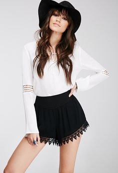 Embroidered Crepe Shorts   FOREVER21 - 2000055586
