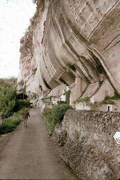Maisons dans les rochers, Alpes