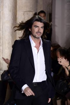 Stephane Rolland Haute Couture designer - Love his work...Added to board because of Fabulous Fabio hair!! LOL!