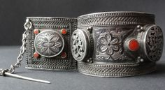 Rare cuff with coral cabs having very well executed neillo work,Avar group Dagestan (private collection)