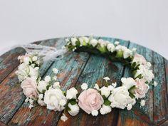Madame Allure - Ślubny wianek - róże i gipsówka 3057