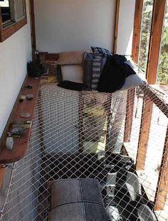 Una red para descansar encina de nuestro salón en un loft