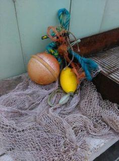 Oude Brocante Bundel Visnet Drijvers aan Touw