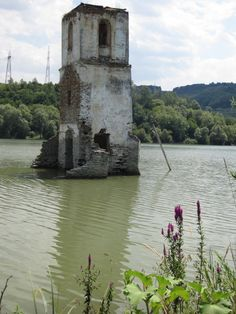 This Romanian village may have been drowned, but it is long from forgotten