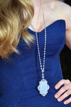 Amanda Seyfried Wearing Jewelry by Lorraine Schwartz