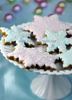 Sweetly beautiful pastel hued Snowflake Cookies. #KathyClulow 905.852.6143 www.KathyClulow.ca