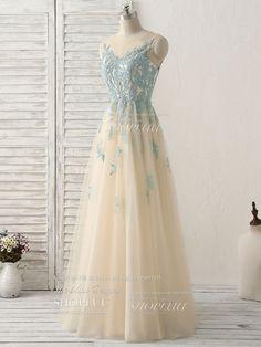 Simple Bridesmaid Dresses, Tulle Bridesmaid Dress, Backless Prom Dresses, Lace Evening Dresses, Ball Dresses, Ball Gowns, Beautiful Prom Dresses, Elegant Dresses, Pretty Dresses