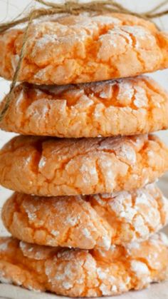 Orange Burst Crinkle Cookies-Made with Cake Mix! Looking for a light and fluffy cookie for the warmer months? These Orange Burst cookies are perfect for you! Crinkle Cookies, Cake Mix Cookies, Yummy Cookies, Cupcakes, Drop Cookies, Ginger Cookies, Sandwich Cookies, Shortbread Cookies, Cookie Desserts
