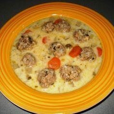 Karalábéleves medvehagymás húsgombóccal Recept képpel - Mindmegette.hu - Receptek Cheeseburger Chowder, Soup, Recipes, Rezepte, Soups, Recipe, Cooking Recipes