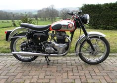 Historics is the UK's premier auction house for the sale and purchase of the finest historic, classic and sports cars and motoring memorabilia. British Motorcycles, Triumph Motorcycles, Cars And Motorcycles, 4x4 Wheels, Bsa Motorcycle, Old Bikes, Classic Bikes, Vintage Bikes, Motorbikes