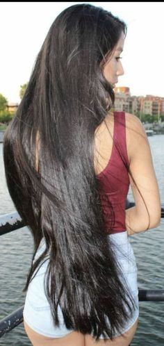 2 Minutes Treatment After Shampoo To Get Soft Manageable And Extra Long Hair Beautiful Long Hair, Gorgeous Hair, Long Indian Hair, Stunning Brunette, Really Long Hair, Rapunzel Hair, Long Black Hair, Silky Hair, Girl Hairstyles
