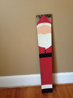Nutcracker pallet board for christmas yard decor for 4 foot nutcracker decoration