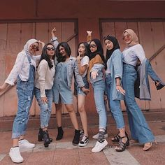 Modern Hijab Fashion, Street Hijab Fashion, Hijab Fashion Inspiration, Muslim Fashion, Look Fashion, Korean Fashion, Fashion Outfits, Womens Fashion, Casual Hijab Outfit