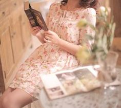 Reader's Love For Reading I Love Books, Books To Read, Amazing Books, Woman Reading, A Perfect Day, Rose Cottage, Life Is Beautiful, Book Worms, Book Lovers