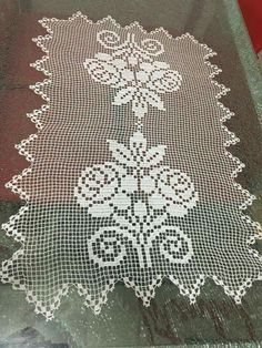 This Pin was discovered by Zey Unique Crochet, Crochet Art, Thread Crochet, Love Crochet, Filet Crochet, Crochet Doilies, Crochet Patterns, Hobbies And Crafts, Diy And Crafts