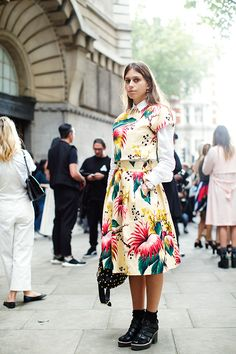 On the Street….Florals with Attitude, London