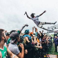 Surfing crowds with @clockworkindigo SoundSet today. Be sure to follow the @soundset Instagram account to see more photos from my take over!