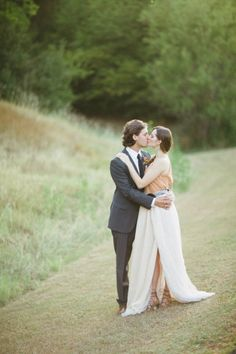 Southwestern wedding inspiration: http://www.stylemepretty.com/2012/11/08/santa-fe-photo-shoot-from-jess-barfield-photography/ | Photography: Jess Barfield - http://www.jessbarfield.com/