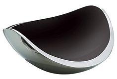Elegant fruit bowl