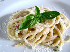Zitrone-Basilikum-Chile-Spaghetti