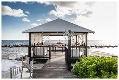 Curacao Marriott Beach Resort Wedding | Wow Wedding Details Blog