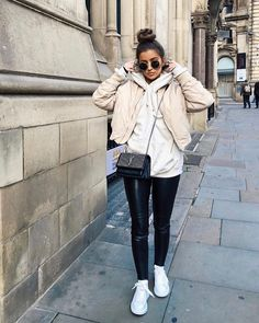 Fall / Winter OutFits Cozy Outfit Idea You Need To Wear In Winter What Is Embarrassment? Winter Fashion Outfits, Fall Winter Outfits, Look Fashion, Stylish Outfits, Autumn Winter Fashion, Cute Outfits, New York Winter Outfit, Fall Fashion, Mode Ootd