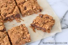 The Best Lactation Cookie Ever: Baby Mama Bars Recipe The best lactation cookie ever. Hearty cookie bars packed with nutritious ingredients like oats, molasses, and flax – not to mention plenty of chocolate. Lactation Recipes, Lactation Cookies, Lactation Foods, Baby Food Recipes, Cookie Recipes, Dessert Recipes, Food For Breastfeeding Moms, Breastfeeding Nutrition, Pregnancy Nutrition