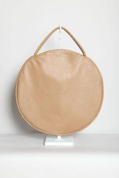 Totokaelo - Draft Nº 17 by Jasmin Shokrian - Compass Bag Leather - Caramel