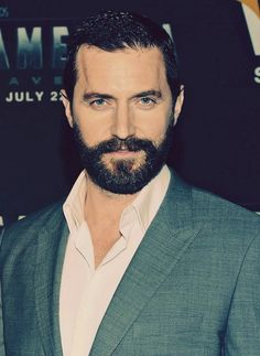 https://www.facebook.com/pages/Richard-Armitage-Bulgaria/441751469190001