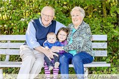 #grandparents always at the ready with hearts and arms are #fulloflove #nhphotographer #cousins #familyphotography #melissakorenphotography #tolovetolaughtoremember