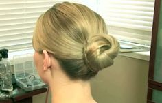 How To Do a Perfect Hair Knot