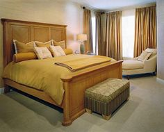 Designer Shelly Riehl David created texture in this Floridian Master Bedroom by featuring 3450 Horizontal Bamboo.