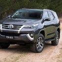 2016 Toyota Fortuner grille revealed Australian spec