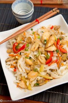 Asian Recipes, Ethnic Recipes, Chinese Food, Pasta Salad, Crockpot Recipes, Meals, Chicken, Cooking, Meal