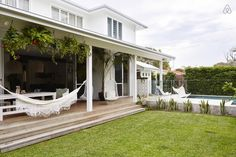 The Endless Summer - The Gorgeous Byron Bay Interiors of Byron Beach Abodes Outdoor Spaces, Outdoor Living, Outdoor Decor, Byron Bay Beach, Porches, Casa Patio, Queenslander, Beach Shack, Luxury Accommodation
