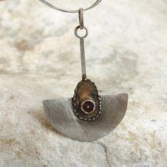 srebrny wisior z turmalinem Biżuteria Wisiory mz studio