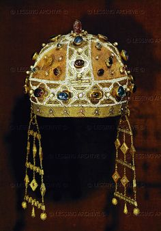 Crown of the Empress Constanza of Aragon, (died 1222), wife of Emperor Friedrich II of Hohenstaufen. Cathedral, Palermo, Italy.