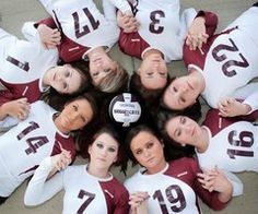Instead of a volleyball team, a softball team. With a glove, bay, and ball with ur team name on it and a volleyball Volleyball Team Pictures, Volleyball Poses, Softball Photos, Volleyball Mom, Basketball Pictures, Sports Pictures, Senior Pictures, Libero Volleyball, Soccer Pics