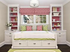 With a few changes, I really like this idea for a small bedroom. The sides of the bed are too high for one. But I like the storage on the sides and underneath the bed. Nice. @ DIY Home Ideas