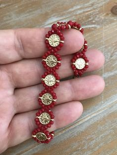 7 Astounding Tips: Jewelry Quotes Business jewelry indian b Seed Bead Jewelry, Wire Jewelry, Bridal Jewelry, Beaded Jewelry, Handmade Jewelry Bracelets, Bead Loom Bracelets, Jewelry Patterns, Beading Patterns, Bead Crafts