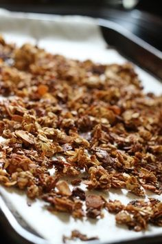 Homemade Granola: A Small Cupful of Goodness