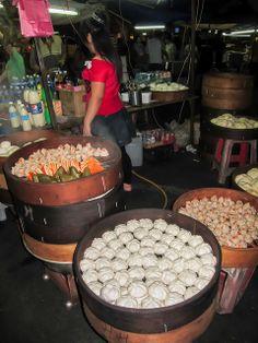 RP: Goodies sold in the Nightmarket - Sibu, Sarawak, Borneo / Malaysia