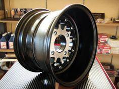 Mini Cooper Classic, Classic Mini, Mini Coper, Car Wheels, Cool Cars, Project Ideas, Toyota, Ideas For Projects