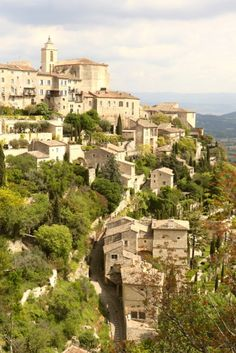 Visiting le Luberon: Four utterly charming French towns in Provence Luberon Provence, Provence France, Visit France, South Of France, Nice France, Europe Destinations, Europe Travel Tips, Honeymoon Destinations, Amazing Destinations